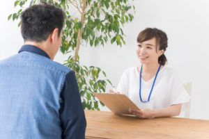 セラピストが仕事で出会うお客様ってどんな人?働くうえで必要なスキルと心構え